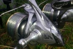 Aero Technium MgS XS-B za jednym obrotem korbki zwija ponad metr linki